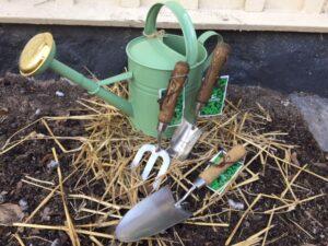 Trädgårdsverktyg, trädgård, vattenkanna, enköping