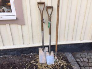 Trädgårdsverktyg, trädgård, spade, enköping
